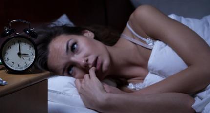 Tõde või vale? Paljastame 5 tüüpilist müüti magamise kohta